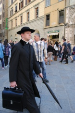 Is it a quaker or a priest? Quaker-priest-hitman style
